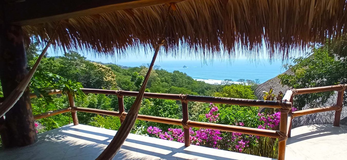 Zazil Retreat ist the best hotel in San Agustinillo / Mazunte Oaxaca Mexco, and offers a fantastic panoramic ocean view and an infinity pool