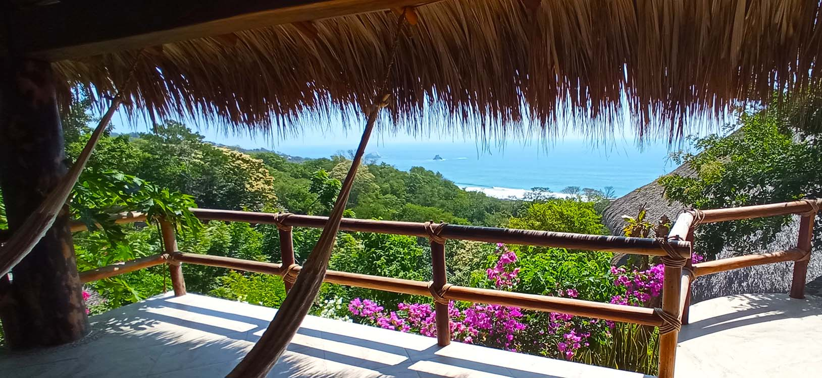 Zazil Retreat ist the best hotel in San Agustinillo / Mazunte Oaxaca Mexco, and offers a fantastic panoramic ocean view